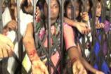 Video: హాస్టల్ సూపరింటెండెంట్ కోసం చేయి కోసుకున్న విద్యార్థులు
