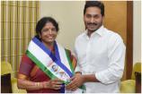 Exclusive: కాకినాడ ఎంపీ వంగా గీత విశ్వనాథ్తో ప్రత్యేక ఇంటర్వ్యూ