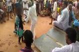 Video : ప్రేమించిన పాపానికి.. మైనర్ బాలికపై ఊరి పెద్దల అరాచకం