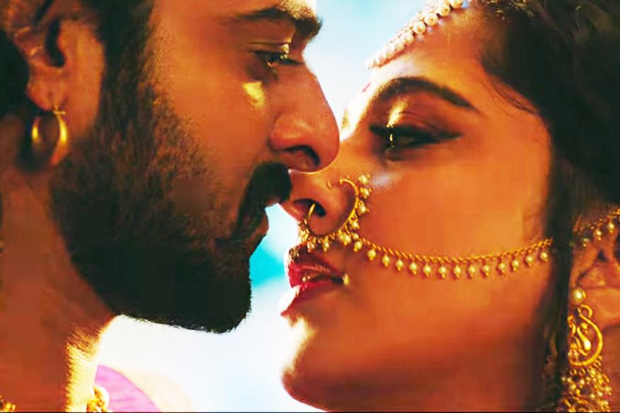 Prabhas opens about his relationship status and talks about affair actress Anushka Shetty pk ప్రభాస్, అనుష్క.. ఈ రెండు పేర్లు పక్కపక్కన ఉన్నపుడు తెలియకుండానే ఏదో వైబ్రేషన్ వస్తుంది. వాళ్లిద్ధరి మధ్య ఏదో నడుస్తుందనే వార్తలు చాలా రోజులుగా వినిపిస్తూనే ఉన్నాయి. వీటిపై ఇద్దరూ లైట్ తీసుకుంటున్నారు. prabhas,prabhas twitter,prabhas saaho,prabhas saaho promotions,prabhas marriage,anushka shetty marriage,anushka shetty marriage date,anushka shetty age,anushka shetty marriage prabhas,anushka shetty and prabhas marriage videos,anushka shetty prabhas,prabhas anushka shetty relation,anushka shetty prabhas movie,saaho twitter,saaho movie release date,telugu cinema,అనుష్క పెళ్లి,ప్రభాస్ అనుష్క రిలేషన్,అనుష్క ప్రభాస్,అనుష్క మ్యారేజ్,అనుష్క పెళ్లి ముహూర్తం,అనుష్క శెట్టి పెళ్లి,అనుష్క తెలుగు సినిమా,అనుష్క ప్రభాస్ పెళ్లి,తెలుగు సినిమా