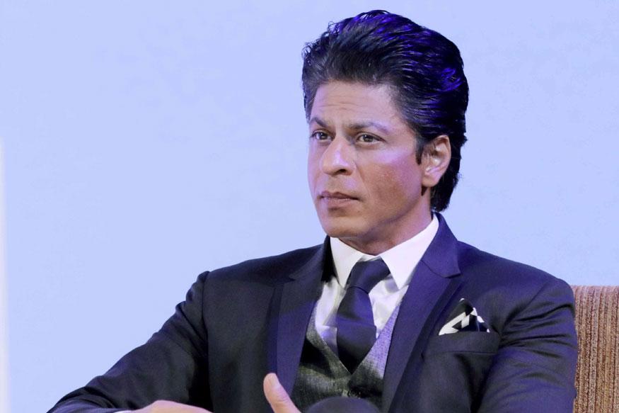 Shah Rukh Khan missing from one year and He will take more time for next movie pk పగవాడికి కూడా ఇలాంటి కష్టాలు రాకూడదు. ఇప్పుడు షారుక్ ఖాన్ పరిస్థితి చూస్తుంటే ఇదే అనిపిస్తుంది. షారుక్ పేరుకు కోట్లాది మంది అభిమానులు ఉన్నారు. బాలీవుడ్ రికార్డులు తిరగరాయడానికి ఈ ఒక్క పేరు చాలు. Shah Rukh Khan,Shah Rukh Khan twitter,Shah Rukh Khan instagram,Shah Rukh Khan movies,Shah Rukh Khan zero,Shah Rukh Khan next movie,Shah Rukh Khan zero trailer,anand l rai,srk zero,katrina kaif,anushka sharma,షారుక్ ఖాన్,షారుక్ ఖాన్ నెక్ట్స్ సినిమా,జీరో ట్రైలర్ విడుదల,ఆనంద్ ఎల్ రాయ్,మరుగుజ్జుగా షారుక్,కత్రినా కైఫ్, అనుష్క శర్మ