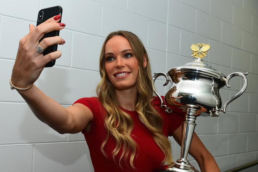 2019 ఆస్ట్రేలియా ఓపెన్ ప్రమోషనల్ ఈవెంట్లో డెన్మార్క్ టెన్నిస్ క్వీన్ కరోలిన్ ఓజ్నియాకీ సందడి చేసింది. ( Caroline Wozniacki/ Twitter)