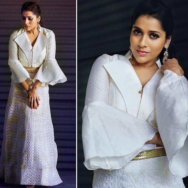 అందాలతో మతులు పోగొడుతోన్న జబర్దస్త్ యాంకర్ రష్మీ గౌతమ్ Photo:Instagram.com/rashmigautam/