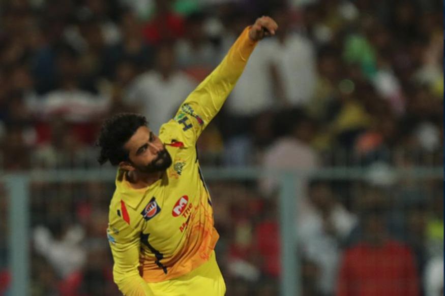 రవీంద్ర జడేజా : సీనియర్ ఆల్రౌండర్ రవీంద్ర జడేజా ఈ సీజన్లో యావరేజ్ ప్రదర్శనతో సరిపెట్టుకున్నాడు. బౌలింగ్లో 15 వికెట్లు తీసిన జడేజా, బ్యాటింగ్లో కేవలం 106 పరుగులు మాత్రమే చేశాడు.