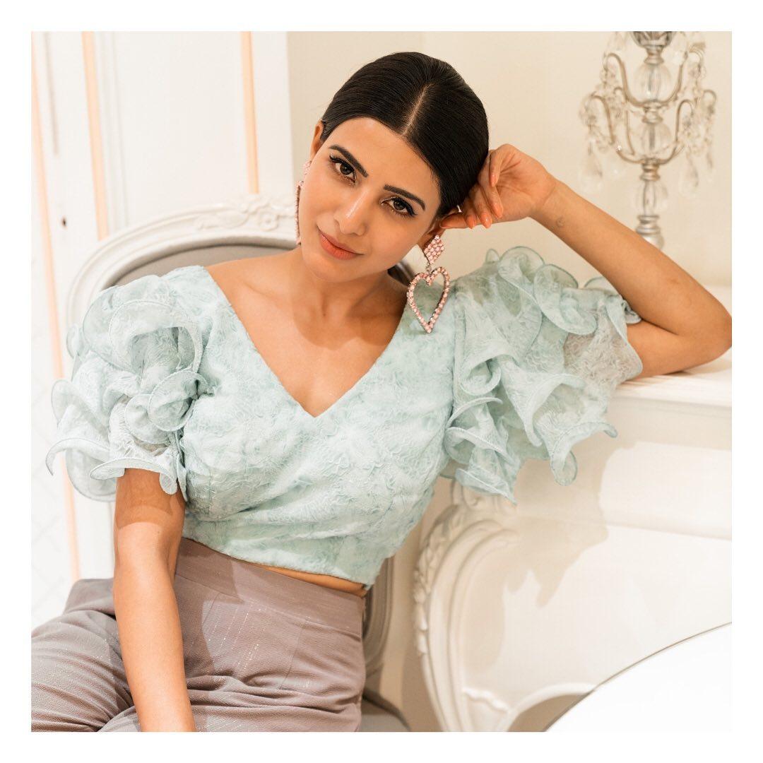 అందాల సమంత ఫోటోస్ Photo: Instagram.com/samantharuthprabhuoffl/