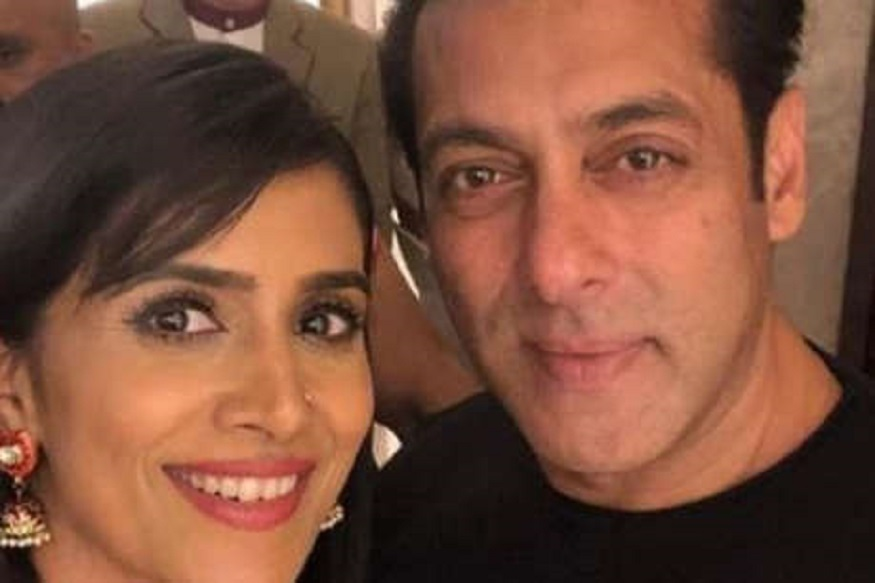 Sonali kulkari trolled for playing salman khan mother role in bharath movie..here are the details,salman khan,sonali kulkarni,sonali kulkarni salman khan,sonali kulkarni instagram,sonali kulkarni twitter,salman khan twitter,salman khan instagram,salman khan movie,bharat salman khan,salman and sonia kulkarni,sonali kulkarni movies,salman khan katrina kaif,salman khan is a fabulous person says sonali kulkarni,bharat song salman khan,sonali kulkarni with salman khan,sonali kulkarni and salman khan together,salman's bharat movie,so cool sonali kulkarni,salman khan old look,salman khan songs,sonali kulkarni,bharath movie,bharath salman khan sonali kulkarni,సోనాలి కులకర్ణి,సల్మాన్ ఖాన్,సల్మాన్ ఖాన్ సోనాలి కులకర్ణి,సల్మాన్ ఖాన్ తల్లిగా సోనాలి కులకర్ణి,సల్మాన్ ఖాన్ కంటే ఏజ్ లో చిన్న సోనాలి కులకర్ణి,