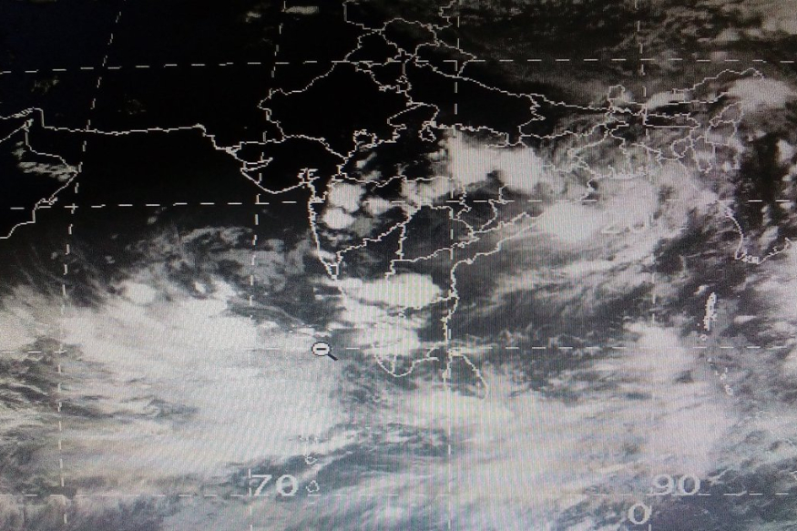 southwest monsoon,south west monsoon,monsoon,indian monsoon,monsoon in india,southwest monsoon 2019,southwest monsoon winds,southwest monsoon kerala,southwest monsoon delayed,southwest monsoon in india,southwest monsoon to hit kerala,southwest monsoon may hit kerala,southwest monsoon 2019 latest news,southwest monsoon delayed by one week,pre monsoon 2019,monsoon 2019,కేరళలో భారీ వర్షాలు, నైరుతి రుతుపవనాలు, కర్ణాటకలో వర్షాలు, వాతావరణం, కేరళను తాకిన రుతుపవనాలు,