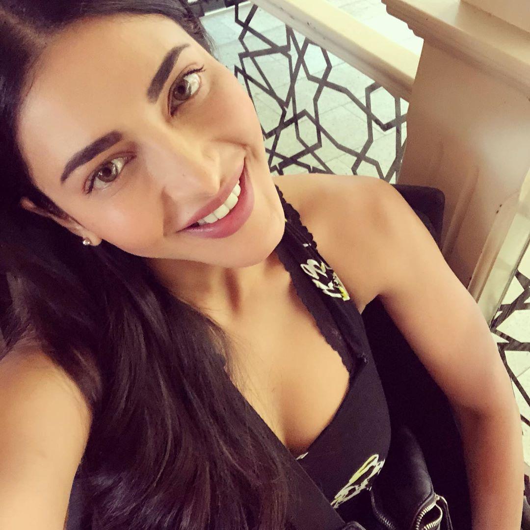 శృతి హాసన్ ఫోటోస్.. Photo: Instagram.com/shrutzhaasan