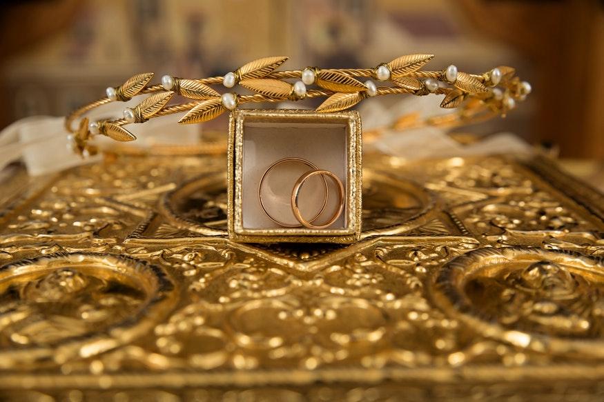 Gold Jewellery online, Gold Jewellery online shopping, Gold Jewellery online shopping benefits, Gold Jewellery online shopping pros and cons, how to buy Gold Jewellery online, బంగారు నగలు ఆన్లైన్ షాపింగ్, బంగారు నగలు ఆన్లైన్ షాపింగ్ లాభాలు, బంగారు నగలు ఆన్లైన్ షాపింగ్ నష్టాలు, బంగారు నగలు ఆన్లైన్లో ఎలా కొనాలి