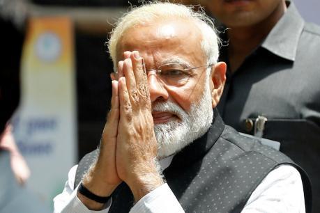 ప్రధాని నరేంద్ర మోదీ ట్విట్టర్లో 'చౌకీదార్' పేరు మాయం