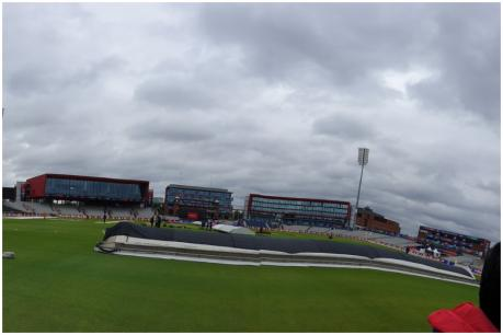 India vs Pakistan | వర్షంతో నిలిచిన మ్యాచ్...46.4 ఓవర్లకు భారత్ స్కోరు 305/4