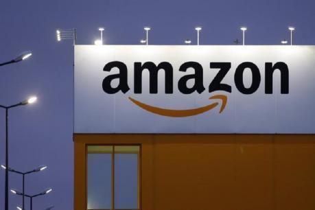 Amazon: కెమెరా లెన్స్ ధర రూ.9 లక్షలు... పొరపాటున రూ.6,500 ధరకు అమ్మేసిన అమెజాన్